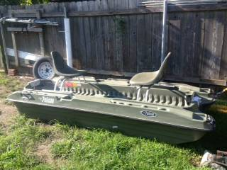 Pelican Bass Raider 10ft. Boat with trolling motor - $500 (New OrleansAlgiers Area)