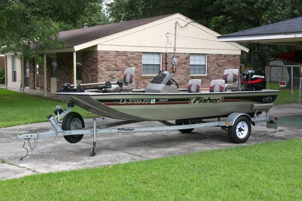 16 Fisher Bass Boat w Merc 50hp - $6000 (East Baton Rouge)