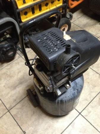 Brute Air Compressor by Briggs and Stratton - $125 (Baton Rouge)