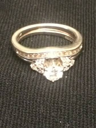 1 2 Carat Center Stone Diamond Ring -   x0024 800  prairieville