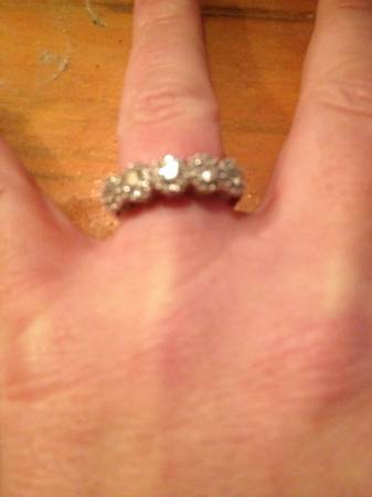 THE PERFECT 5-Stone Diamond Ring -   x0024 800  Prairieville