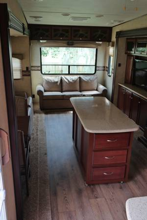 2013 Heartland Elkridge Fifth Wheel Model 32TSRE -   x0024 40000  Destrehan