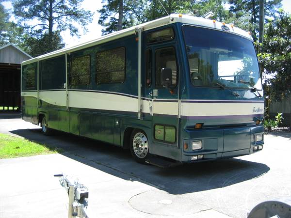 Motor home, Tow dolly, Tow bar, combo - $17500 (Pride, La.)