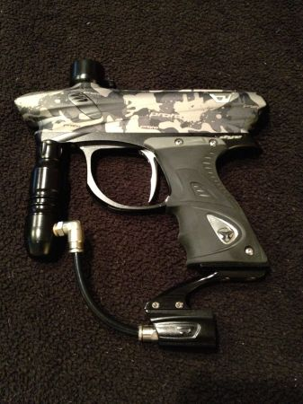 PAINTBALL marker 01 - $225 (Denham Springs)