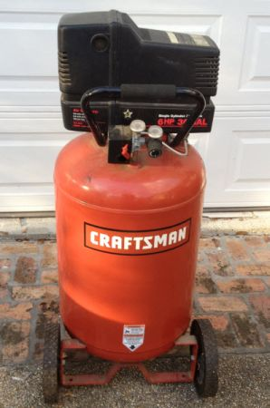 Craftsman 6 hp 30 gallon air compressor (Jones Creek Area)