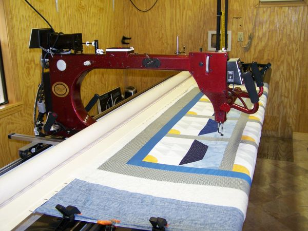 Gammill Long Arm Quilting Machine - $15000 (Waveland, MS)