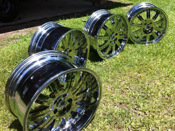 Asanti 19 Chrome Rims (AF-134) with Falken Low Profile Tires - $3500 (Baton Rouge, Louisiana)