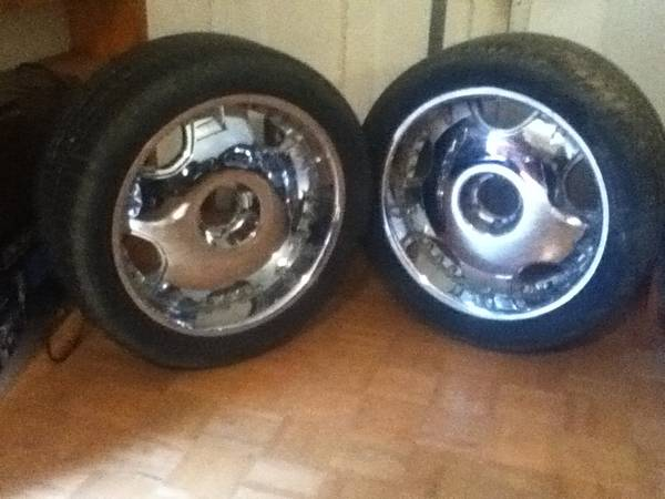 6 lug 22 inch rims and tires for sale - $360 (hammond)