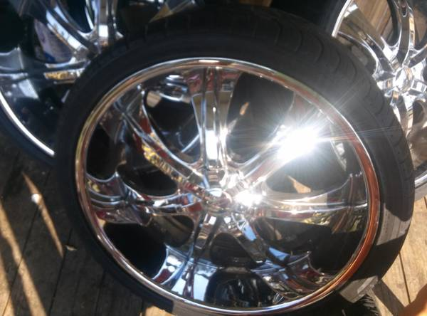 26 inch 5 lug universal rims and tires - $1100 (Donaldsonville )