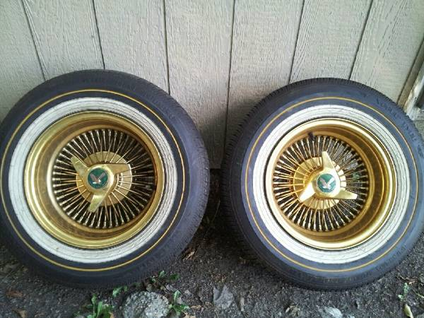 14 inch gold daytons w vogues - $800 (br)