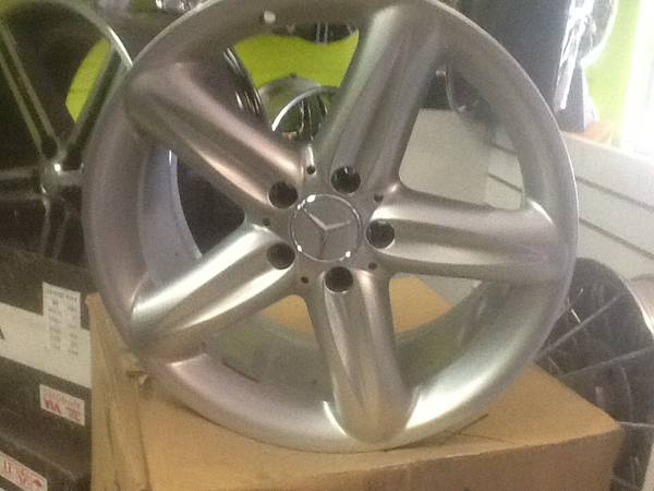 18 ALLOY MERCEDES AMG WHEELS - $900 (SLIDELL  NEW ORLEANS)