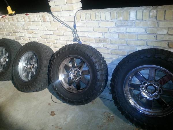35x12 5x20 tires for sale