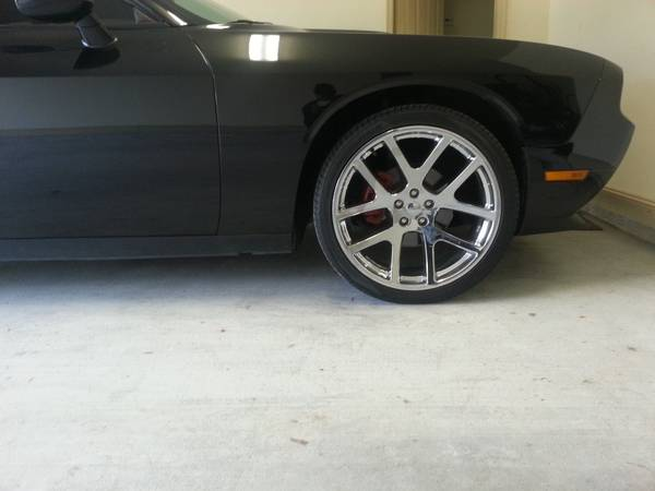 22 inch viper replica wheels for challengermagnumcharger300c - $1000 (Gonzales, la)