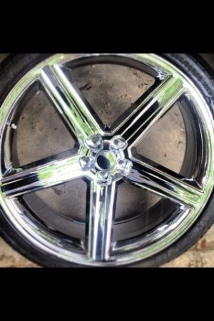 22 inch irocs rims and tires  - $1500 (Baton Rouge La)