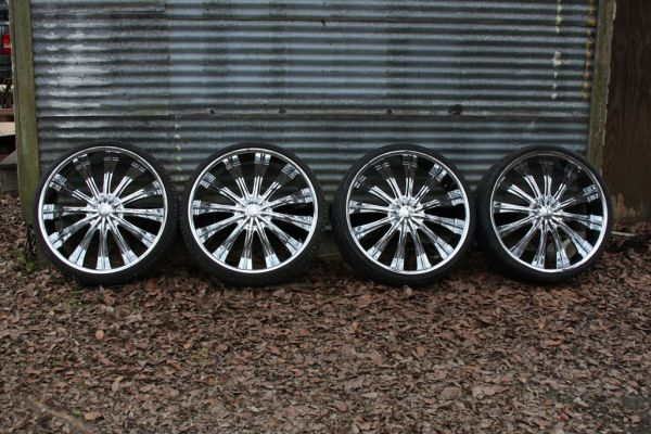 Why buy 26 rims when you can buy 28 inch rims - $2250 (Gonzales )