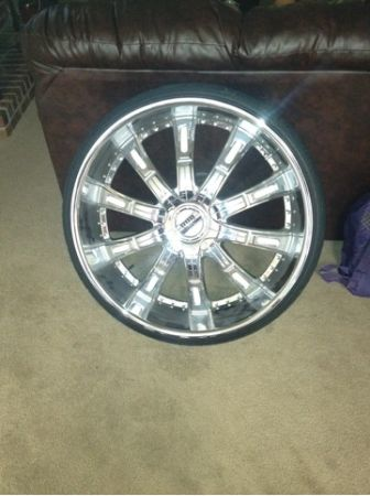 28 inch rims and tires - $2500 (Baton rouge)