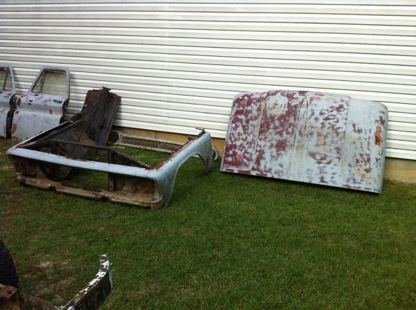 60-66 chevy truck parts (Central)