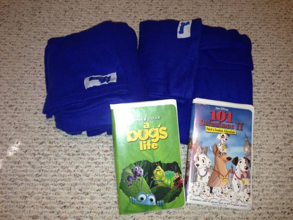 Snuggles for Kids  2  and  2  Disney VHS Tapes -   x0024 15  Baton Rouge