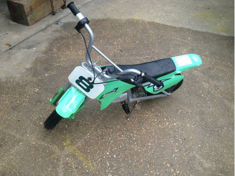 Razor Electric Dirt Bike MX 350 - $150 (Baton Rouge )