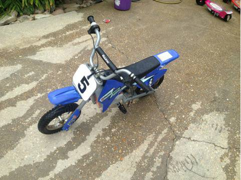 Razor Electric Dirt Bike - $150 (Baton Rouge )