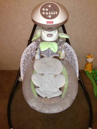 Fisher Price Snug A Bunny Swing - $75 (Gonzales, La)