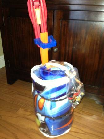 Hot Wheels Child Size Sleeping Bag with Hot Wheels and FREE Track and - $8 (Baton Rouge)
