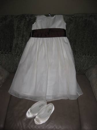 Girl s Dresses- Communion Easter  Special Occassions  Central