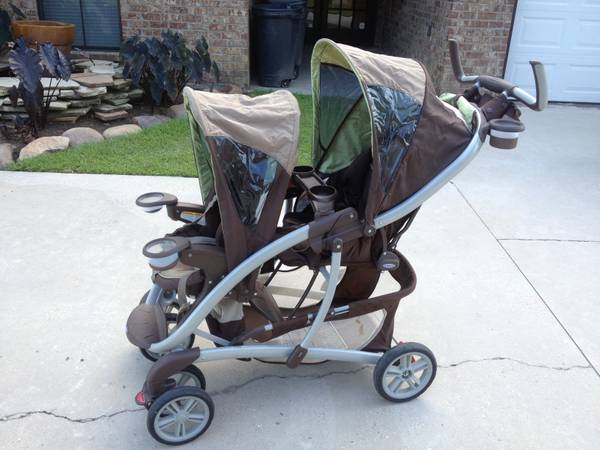 Double stroller (green and brown) GRACO - $95 (Baton Rouge Prairieville )