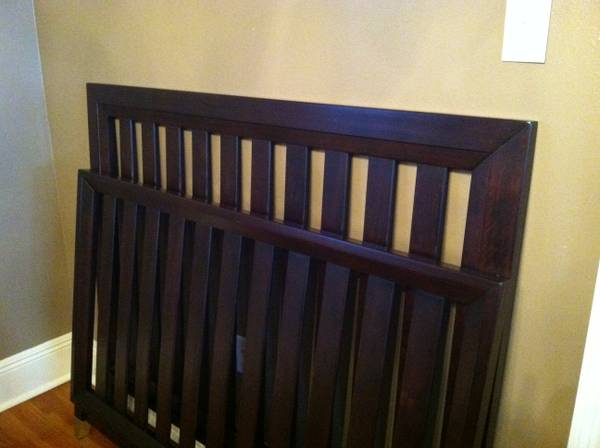 Baby Bed Cache Lifetime Crib - $225 (Prairieville)