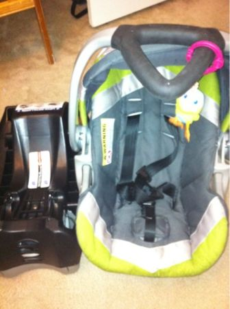 Carseat, nap nanny, boppy - $20 (Hammond)