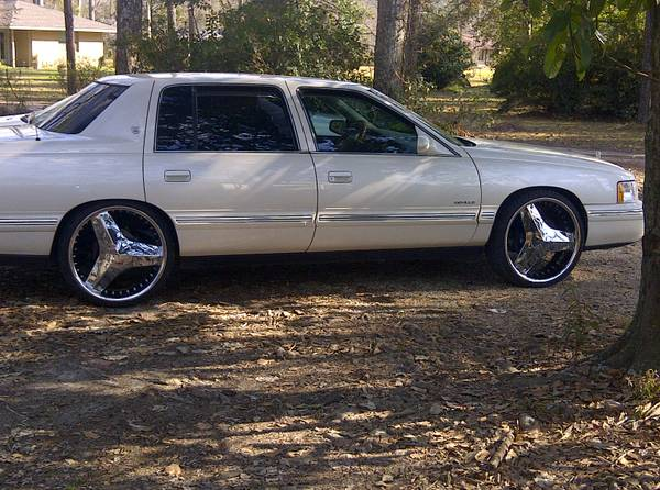 99 Cadillac Sedan Deville, sale or trade - $4500 (Denham Springs)