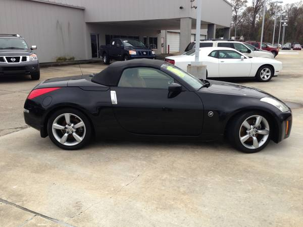 2006 Nissan 350Z Roadster with 62k miles - $17995 (Price LeBlanc Nissan)