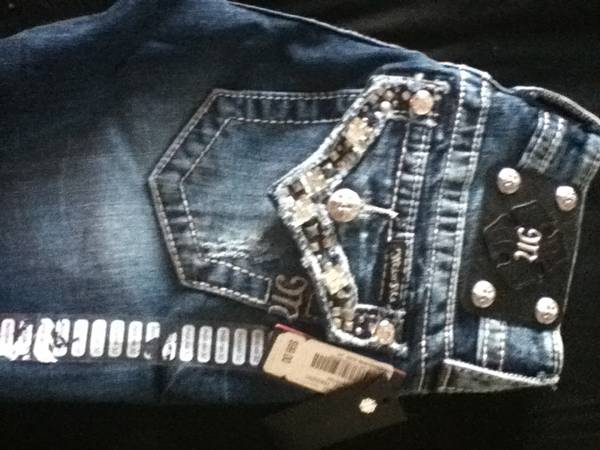 Miss Me jeans size 24 inseam 32  30 - $60 (baton rouge)