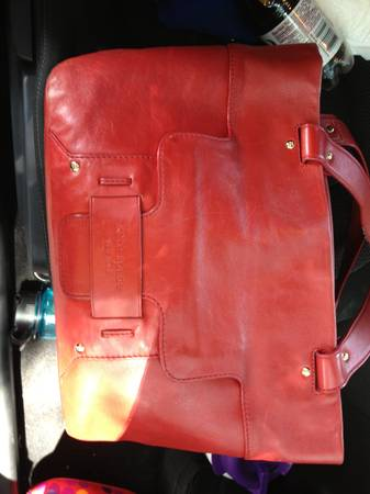 Authentic Kate Spade Leather Purse - $45 (Downtownlsu)
