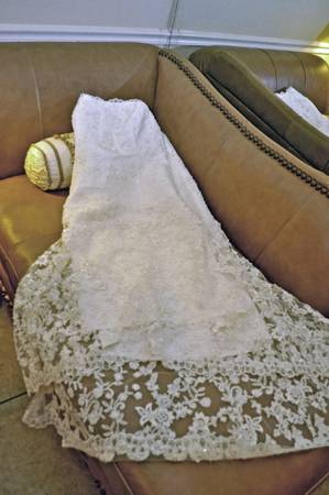 Alfred Angelo Off White Pearl Crystal Beaded High-Low Wedding Dress - $375 (Prairieville, LA)