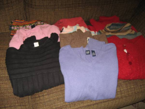 Entire closet of Ladies Clothes and Shoes size 8-10 -   x0024 95