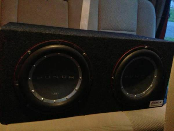 2 Fockford Fosgate Punch P2 10 subs with 600w - $180 (LSU)