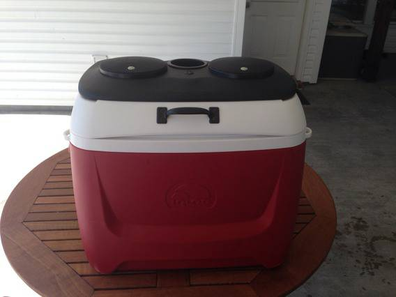 Ice Chest Stereo Radio - $200 (Denham Springs)
