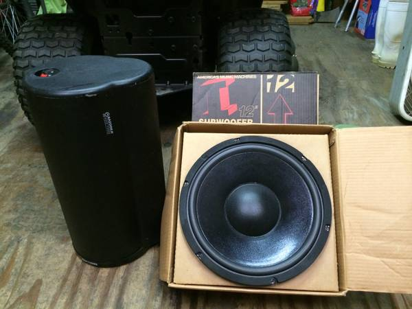 2 Kicker 12 inch subwoofers Impulse 1128 8 ohm - $300 (Denham Springs)