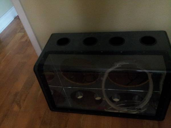 2 12 Rockford fosgate speakers and a punch 400 - $200 (ventress)