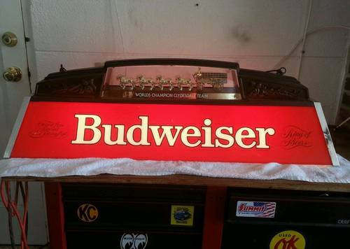 Vintage Budweiser pool table light