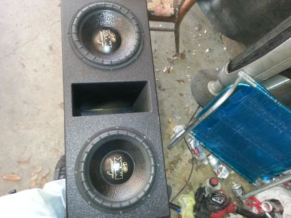 2 lanzar max st 12s in superbass box - $200 (Ponchatoula )