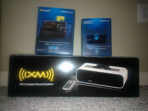Sirius Onyx Receiver, Second Vehicle Kit, and Sound SystemDocking Sta - $100 (70818)