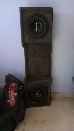 jl w3 in box 12 and 10 pioneer subs in box (denham springs)