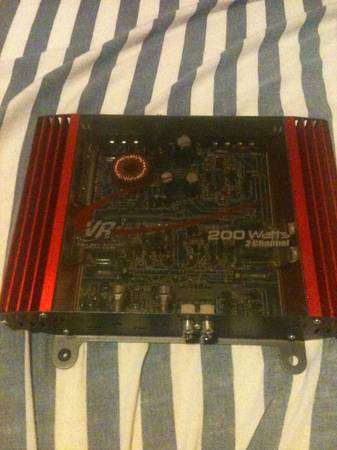 VR3 200 watt 2 channel Amp - $40 (Walker)