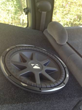 Kicker CVX 15 huge ported box AND rockford fosgate T1000.1bd - $300 (central)