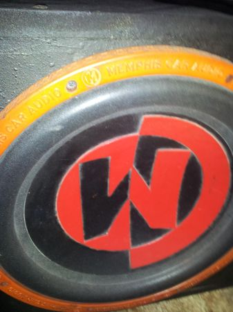 15 in Subwoofer 2 Music Horns - $200 (Gonzales)