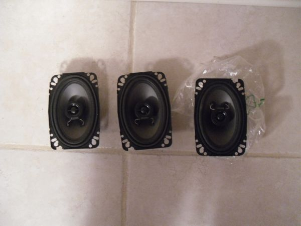 3 Boston Rally series 4x6 two-way speakers - $75 (Baton Rouge)