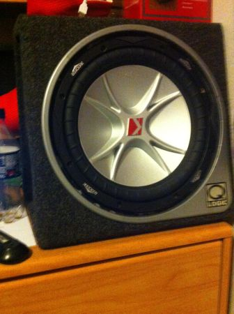 12 inch kicker cvr - $70 (french settlement)