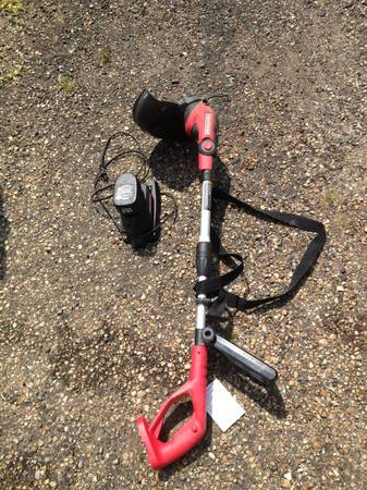 Craftsman Battery Powered weed eater - $30 (Hammond Ponchatula)